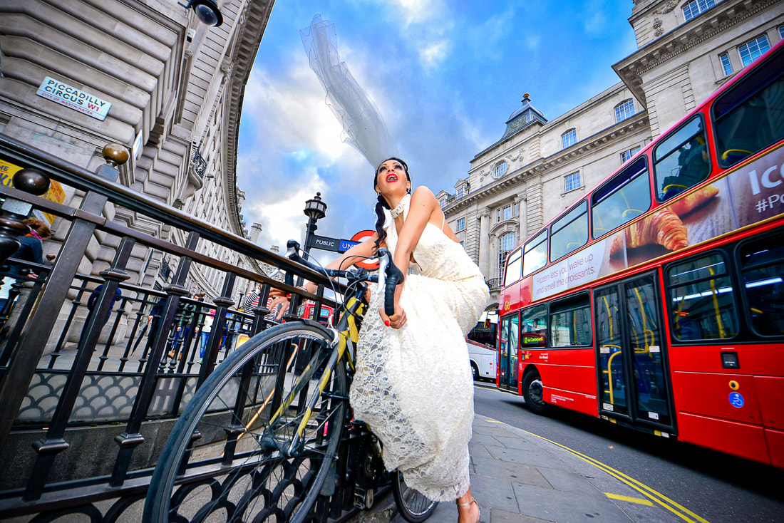 Stunning Bridal Shot in Piccadilly circus - Prime Photography