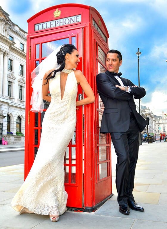 London Shoot Couple with Letter box